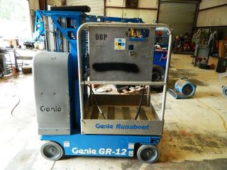 2005 Genie Gr - 12 Runabout In - - Stock Picker Manlift photo