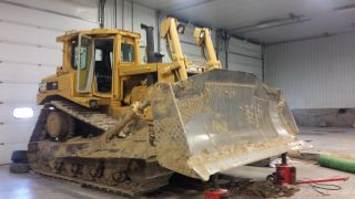 Caterpillar Crawler Dozer Tractor D8n photo
