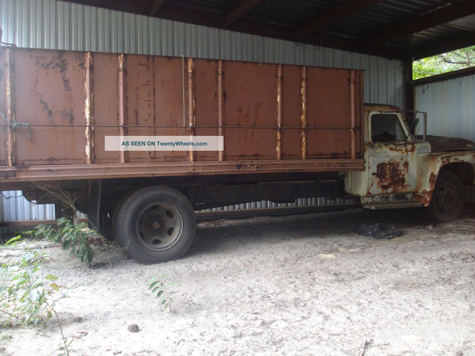 1965 Ford F600 Dump Trucks photo