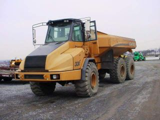 Case 330 Off Road Articulating 30 Ton Dump Truck With photo