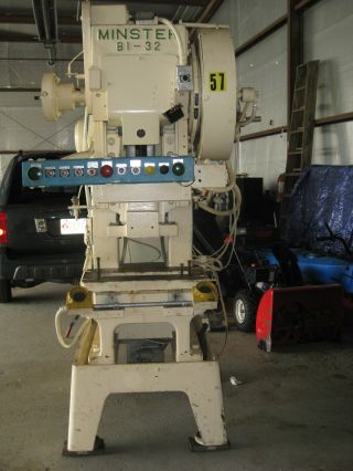 Minster B1 - 32 Punch Press photo