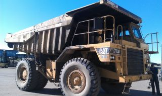 773b Caterpillar Haul Truck photo