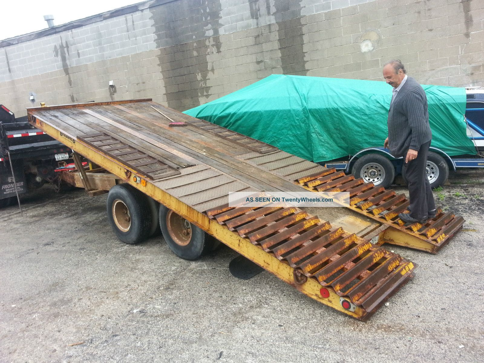 Heavy Equipment Trailer : Dynaweld gvwr heavy duty equipment flatbed