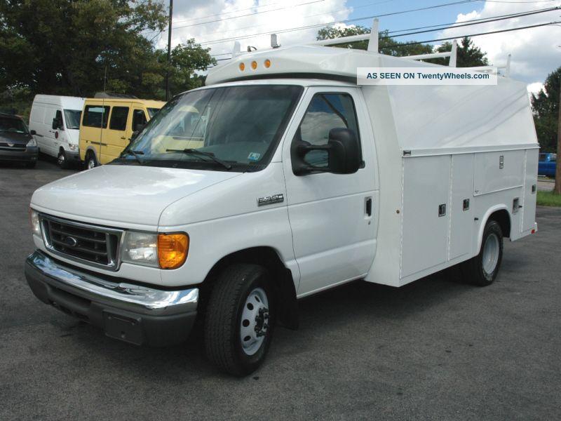 2007 ford enclosed utility service van truck. Black Bedroom Furniture Sets. Home Design Ideas
