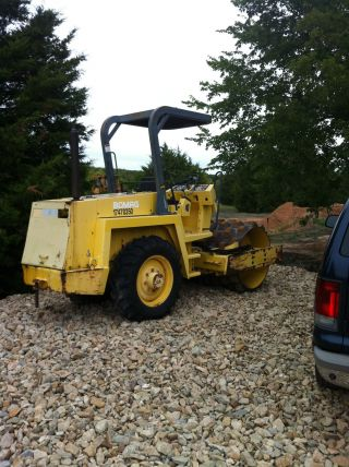 Bomag Roller Compactor Hydrostatic Ride - On Bw142 Pd2 photo