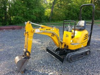2005 Jcb Micro Mini Excavator Mini Ex; Aux Hydraulics; Go Inside The Building photo