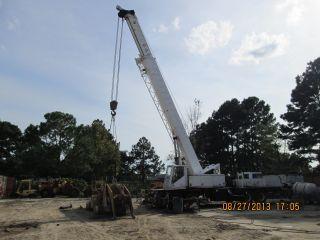 Linkbelt Htc 50w Truck Crane photo