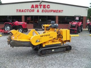 2005 Carlton Sp7015 Trx Stump Grinder - Wireless Remote - Expandable Tracks photo