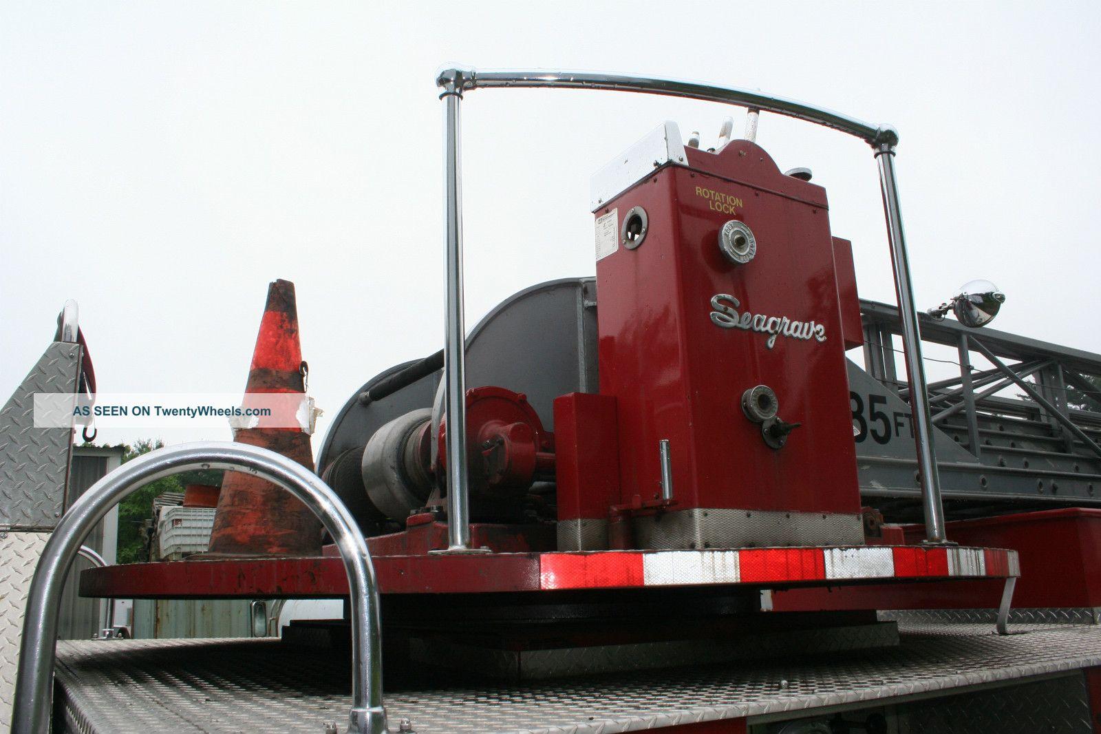 1985 Mack Ladder Fire Truck