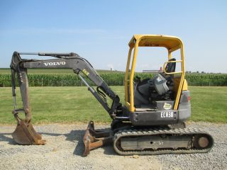 2006 Volvo Ecr38 Mini Excavator,  Zero Turn Tail,  With Only 2376 Hours,  7500 Lb. photo