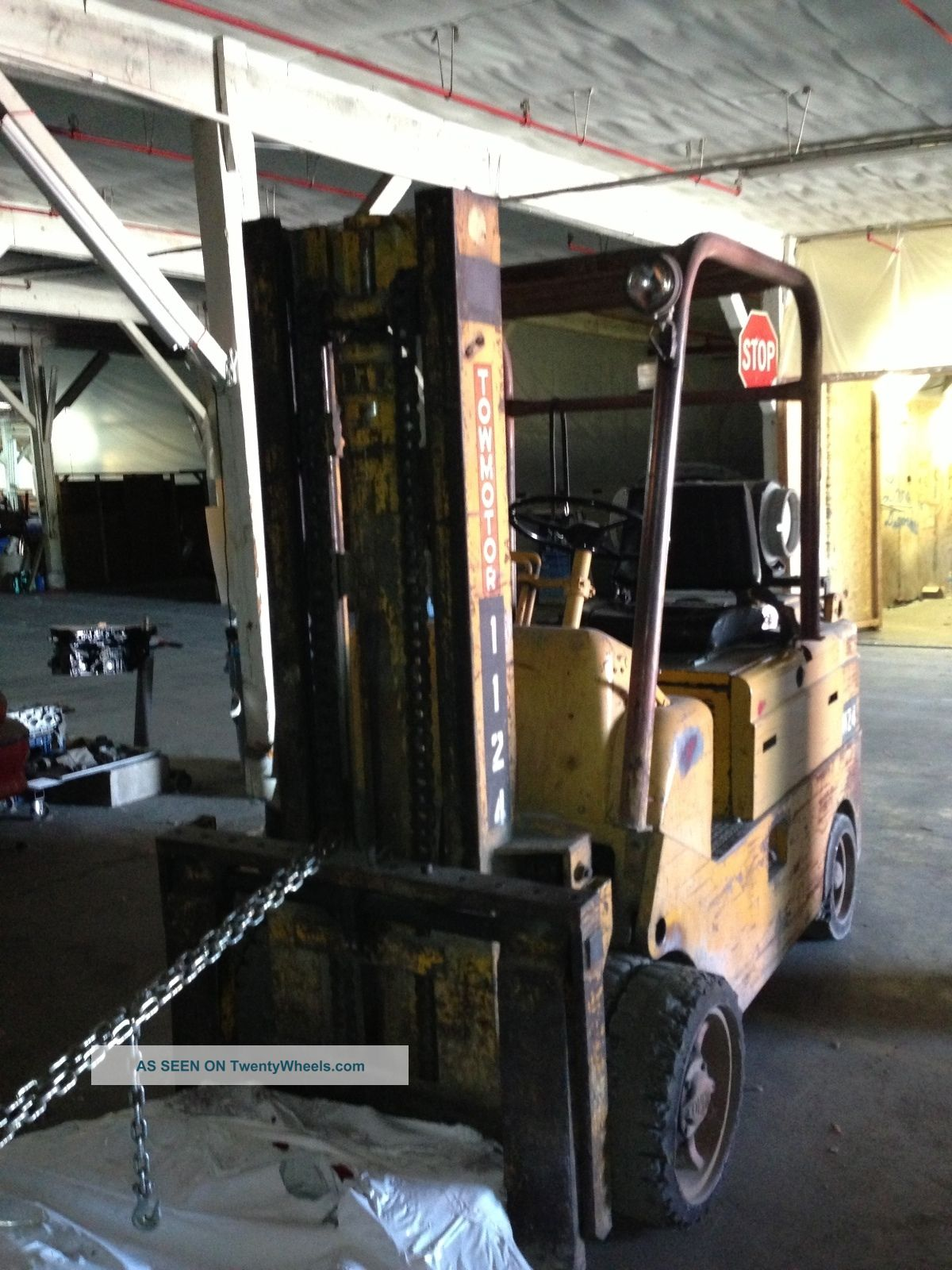 Forklift 14 500 lbs towmotor caterpillar tractor price for Tow motor vs forklift