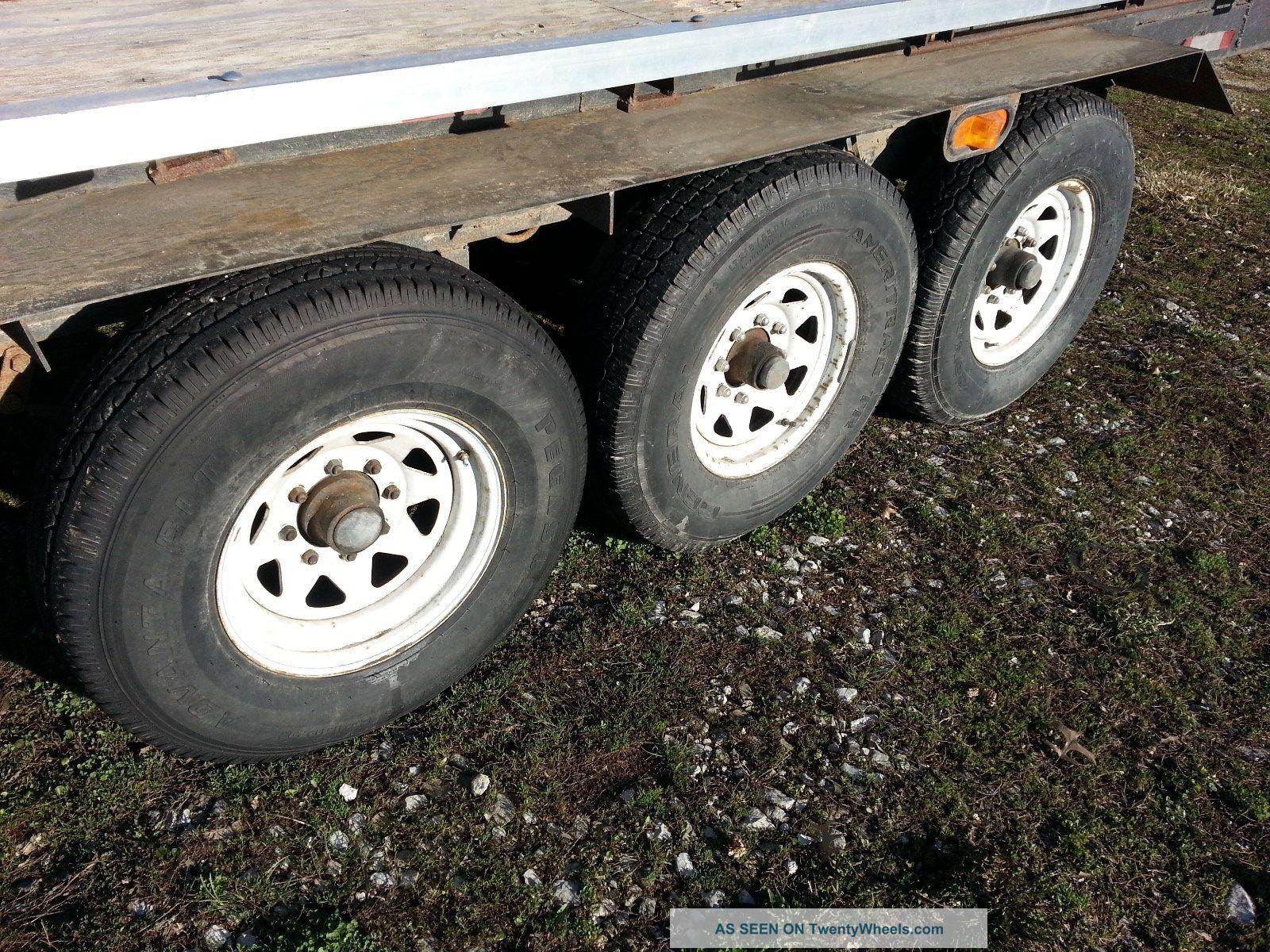 Wheel Trailer Axles : Triple axle flatbed th wheel trailer