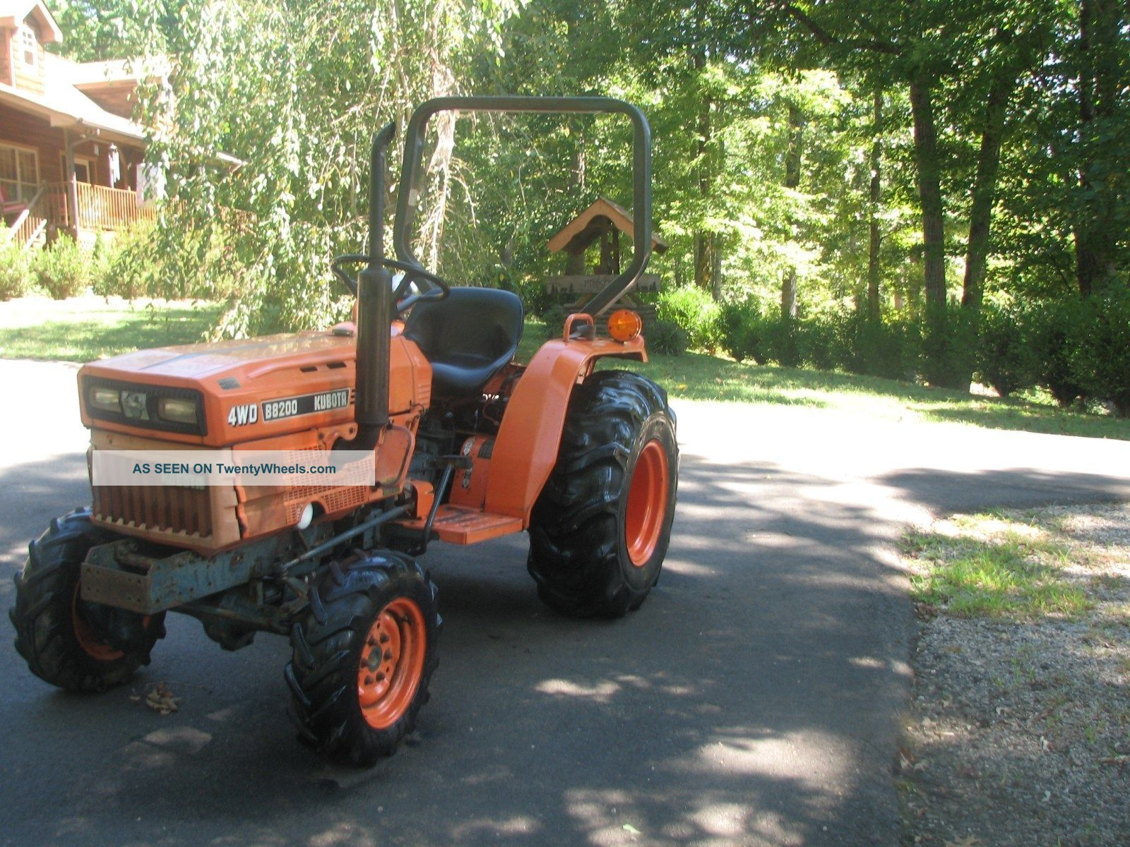 Kubota Diesel B8200 4wd Tractor,  3 Cylinder,  19 Hp,  With Bushhog & Boxblade Tractors photo