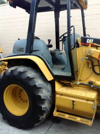 2004 Caterpillar 446d Backhoe photo