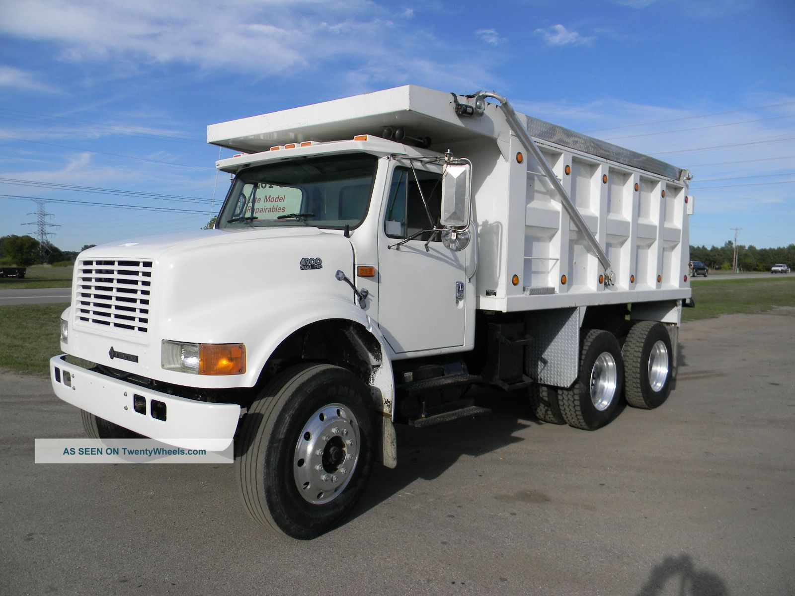 R1016 Broderson Ic 35 2a besides 10 Aluminum Wheelchair Entry R  Handrails likewise Download moreover Truck With Mounted Crane likewise 39906 2005 freightliner m2 106. on semi truck cranes