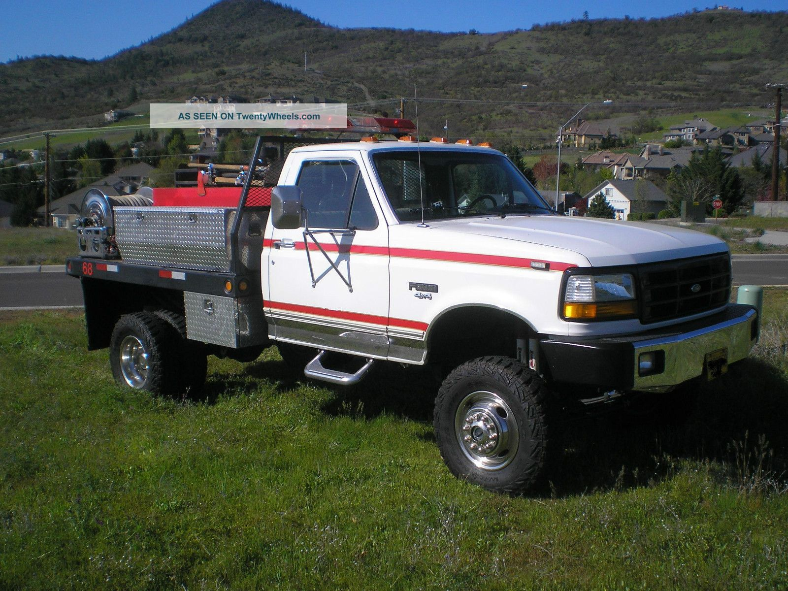 Dixie Union Covent Garden besides Orlandotruckservice in addition Track Excavator as well Sale as well 13080 1992 ford f 350. on international box truck