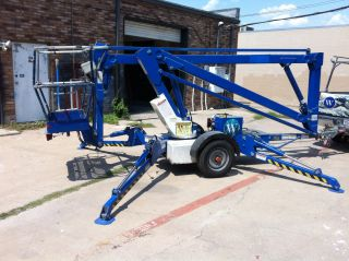 Upright Tl38 Boom Lift photo