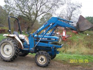 Holland Ford Compact Tractor 1720 photo