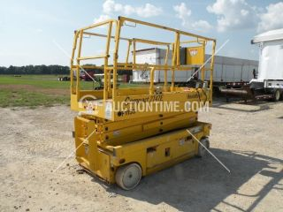2000 Haulotte 2747e Electric Indoor Scissor Lift Skyjack Scissorlift Arkansas photo