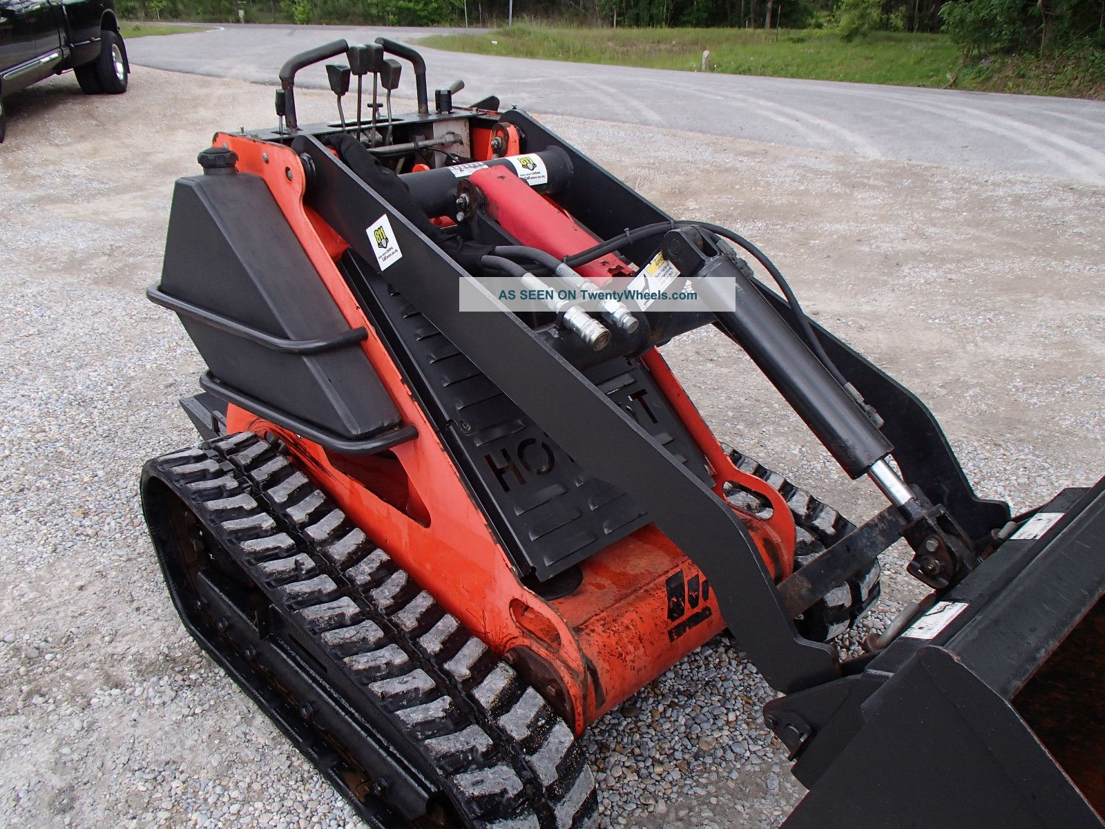 Mini Skid Steer : Mertz boxer mini track skid steer loader construction