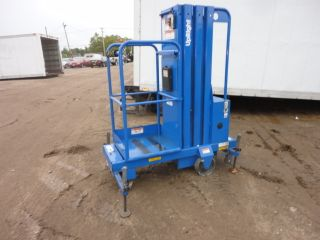 Upright - Rhino Man Lift Model Rl - 24 24ft Platform Height 01064 photo