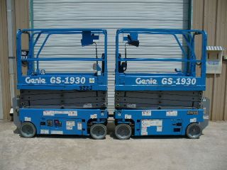 2013 Genie Gs - 1930 Aerial Man Platform Scissor Lift Boom Personnel Manlift photo