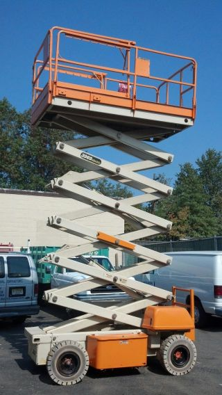 Jlg 3969 Scissor Lift photo
