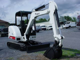 Bobcat 331 Mini Excavator,  Kubota Diesel,  2 Speed,  Paint,  Tracks,  Quicktac photo