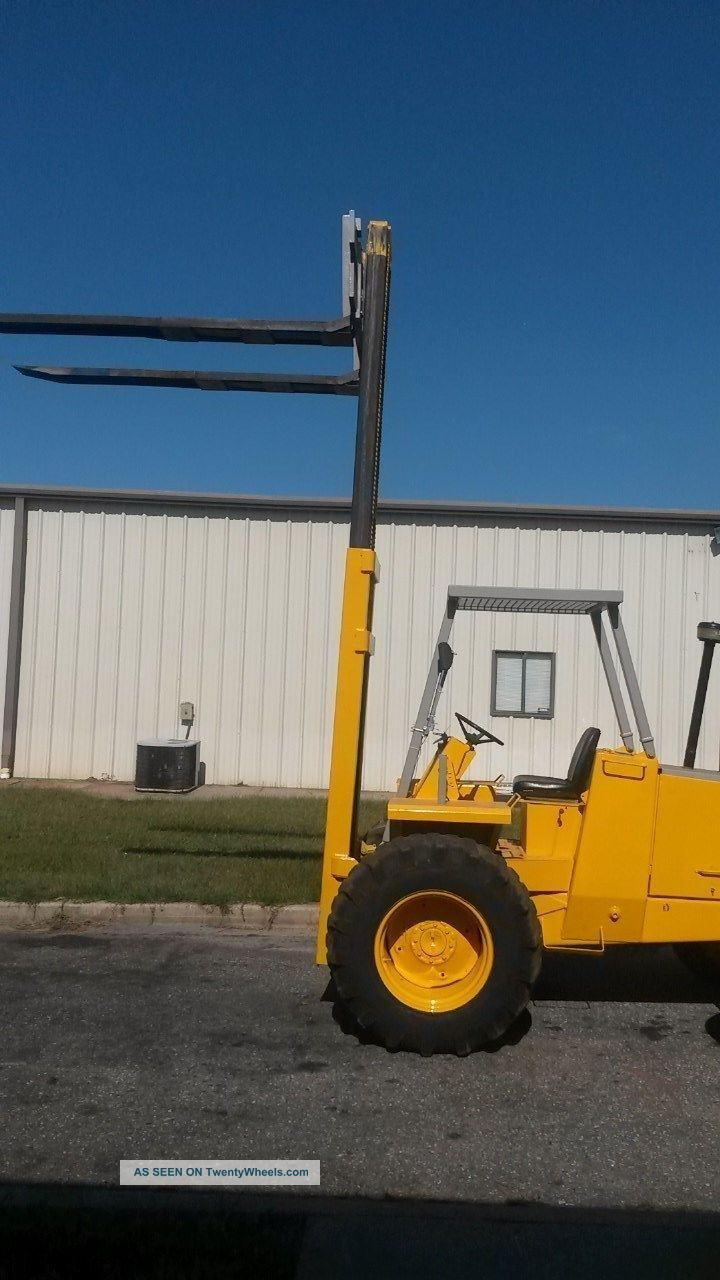 Fork Lift Foot : Case forklift d foot mast all terrain pneumatic lift