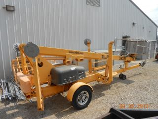 2008 Biljax Towable Boom Lift photo