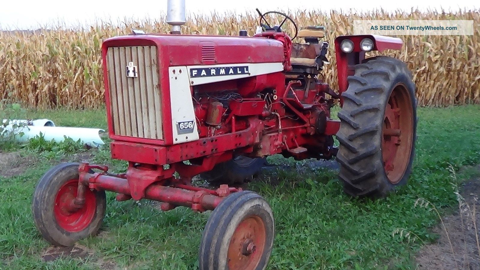 International 656 Tractor With Loader : International farmall tractor