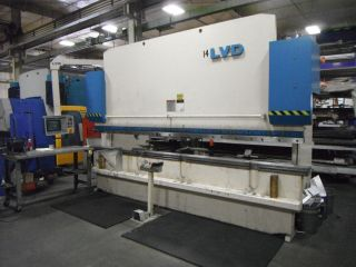 190 Ton Lvd X 14 ' Press Brake With 9 Axis Backgauge.  Mnc 95 Controller photo
