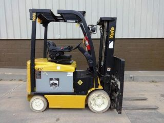 2009 6,  000lb.  Yale Forklift With Only 585 Hours And Very photo