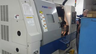 Daewoo Puma 2500ly 4 - Axis Cnc Turning Center Year 2005 photo