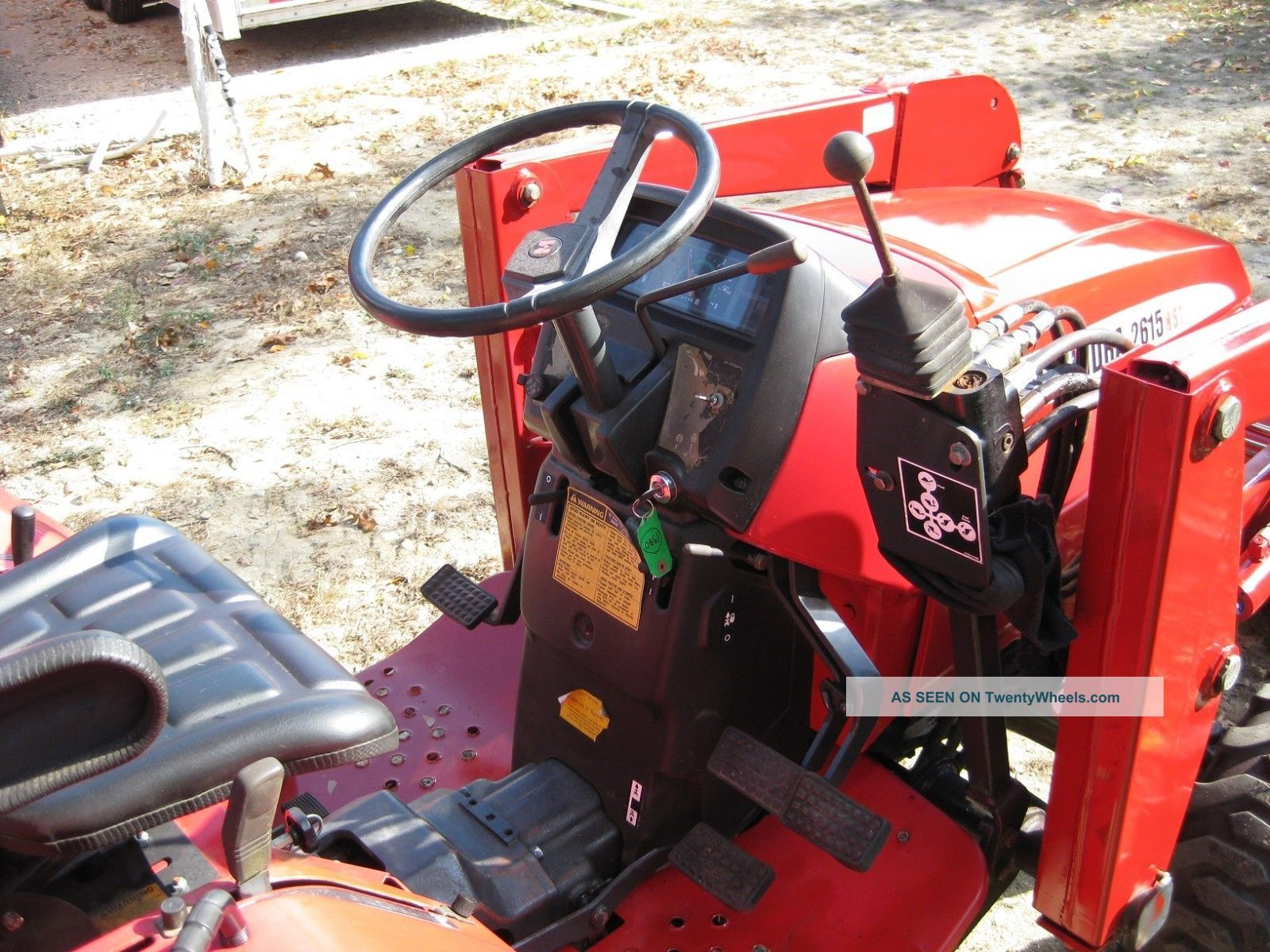 Mahindra 2615 Diesel 4 Wheel Drive Tractor With Front End