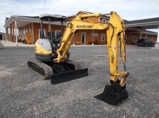 Holland E35sr Excavator photo