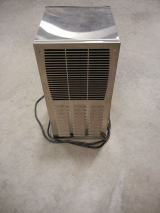 Air Conditioner,  Dts3081,  Nema 4xss 2700 Btu,  120vac,  6 Amps,  Pfannenberg: photo