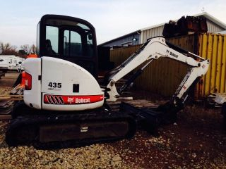 Bobcat 435h Backhoe photo