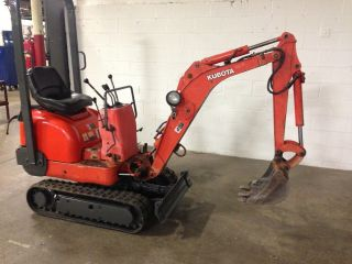 Kubota K - 008 Mini Excavator photo