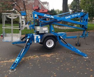 2010 Genie Tz - 34/20 Towable Boom Lift photo