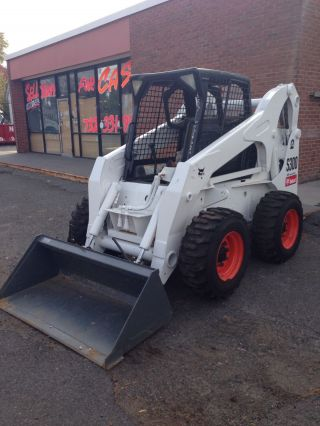 Heavy Construction Equipment Bobcat S300 photo