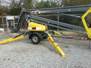 Bil - Jax 43 - 19 Towable Boom Man Lift 2003 photo