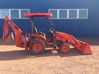 2013 Kubota B26 Tractor Loader Backhoe Only 90 Hours photo