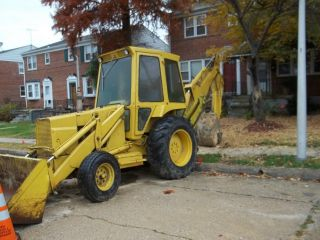 Ford Backhoe,  1986 Ford 555b A Reserve Is On This photo