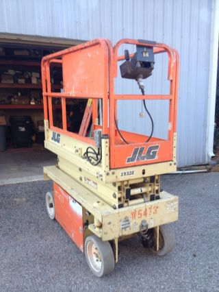 1998 Jlg 1932e Scissor Lift photo