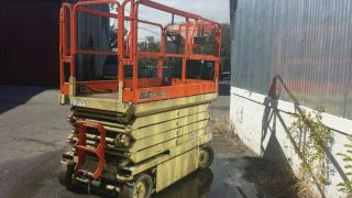 Jlg 3246e2 Scissor Lift Great Deal Man Lift photo