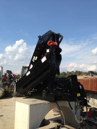 Hiab 250 - 2 Truck Mountable Crane photo