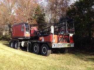 75 Ton American 5530 Crane photo
