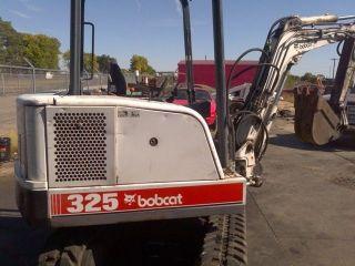 Bobcat 325 Excavator photo