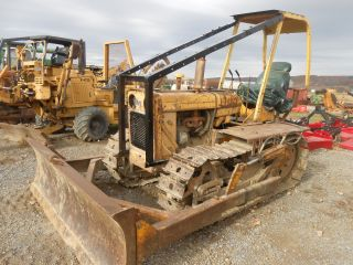 Ih 340 Cheap Good Running Dozer Has Pto Steers Good Runs In Pa photo